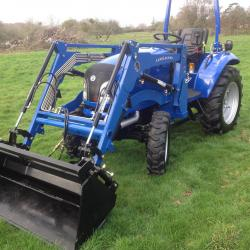 Landlegend 40 HP 4 in1 Loader