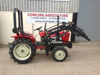 Yanmar YM1602DT Compact tractor with Front Loader